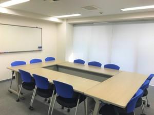 ※写真は丸の内大会議室です