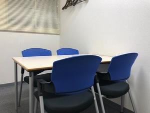 小会議室(~4名様) ¥1,000/h(税抜)