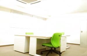 家具付き2~4名様オフィス インターネット接続済&個別空調 セキュリティ対応