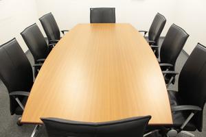 貸会議室で商談、セミナー可能 500円/時間~ 全日9:00~22:00利用可